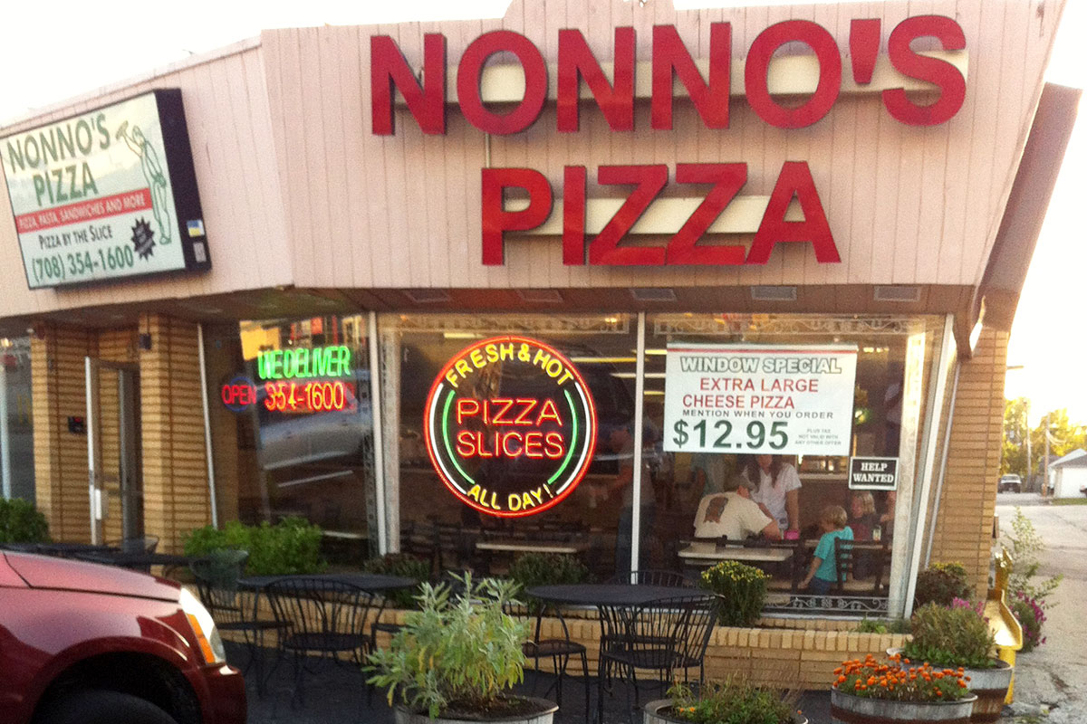 Photo of the exterior of Nonno's Pizza in Countryside