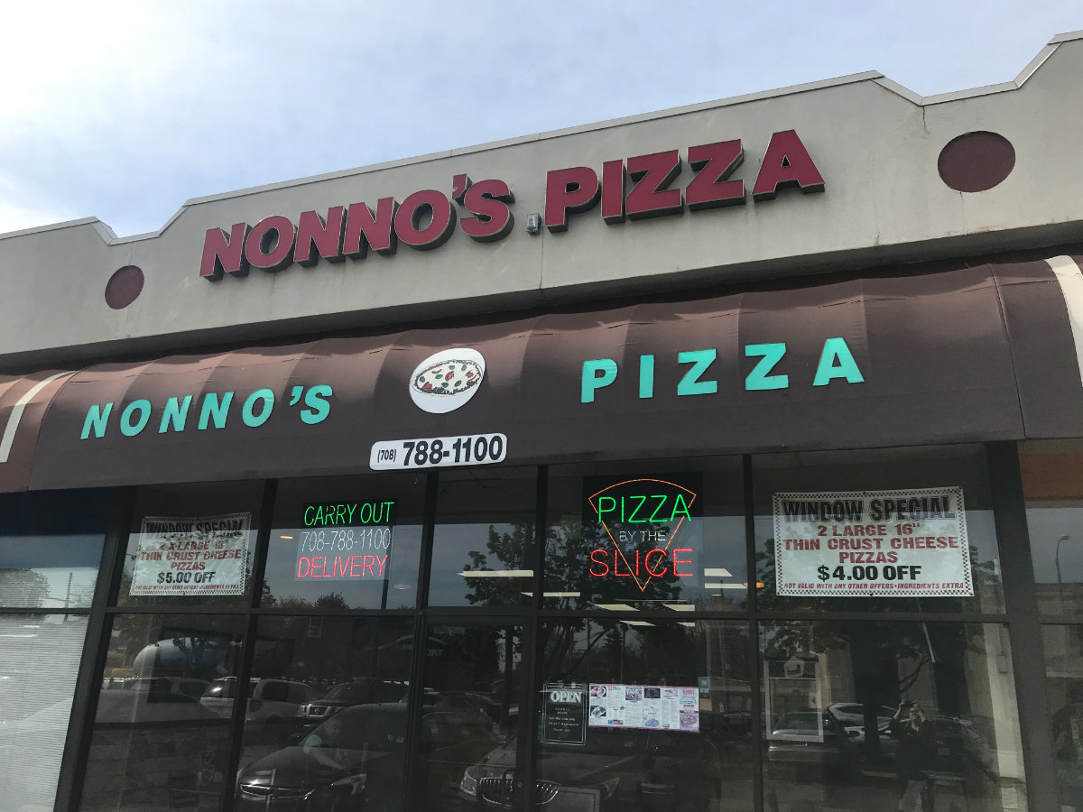 Photo of the front of Nonno's Pizza in Berwyn
